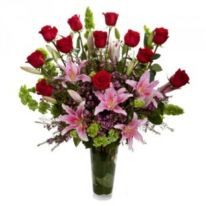 Amazing Roses & Lilies vase Vase