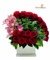Amor Especial Nuevo!! Luxury Box Of Roses & Orchids