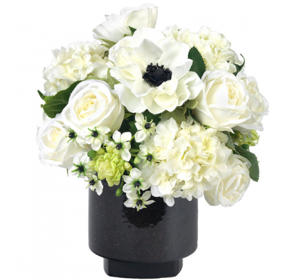 Anemone & roses (white) White & green