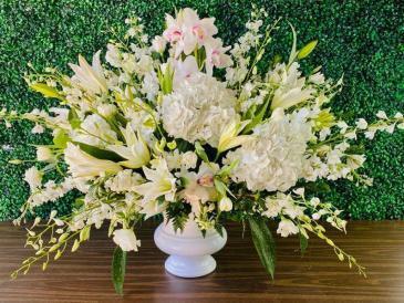 Angel  Funeral Arrangement