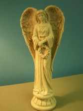 Angel holding wreath Giftware