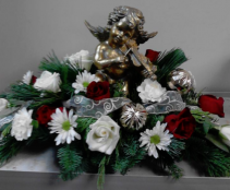 Angelic Centerpiece Holiday Centerpiece