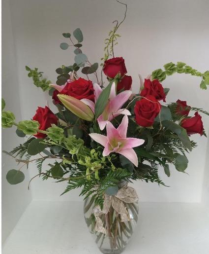 ANGELS LANDING Roses and Lilies Arrangement