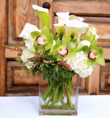 Apple Green Tropical arrangement