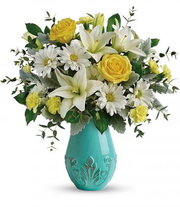 Aqua Dream Bouquet Vase Arrangement
