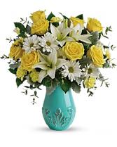 Aqua Dreams deluxe vase arrangement