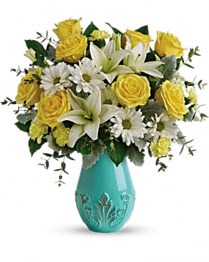 Aqua Dreams deluxe vase arrangement in Berkley, MI | DYNASTY FLOWERS & GIFTS