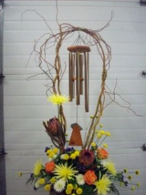 "ARIAS BRONZE 27"" WINDCHIME & FLOWERS"
