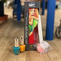 Ariel (The Little Mermaid) Gift Set Brush, Bath Fizzy, Nail Polish, Nail File
