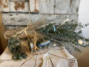 Aromatic Eucalyptus Shower Defuser Natural Remedies in Wayne, NJ | Jude Anthony Florist
