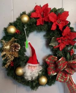 Small Christmas Wreaths.Donna S Florist Gifts