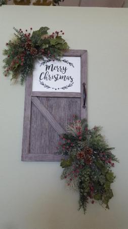 Artificial Farmhouse Merry Christmas Door