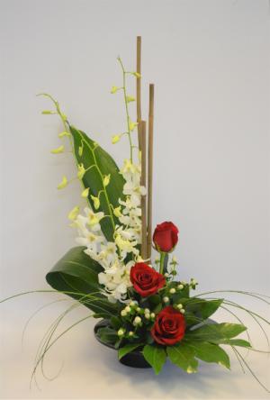 Artistic Romance Flower Arrangement in Holland, MI | GLENDA'S LAKEWOOD FLOWERS