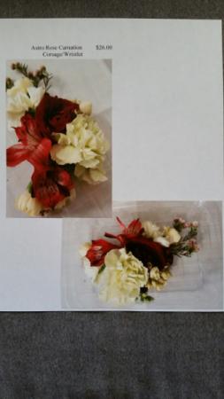 Astro Rose Carnation Set Corsage/Wristlet