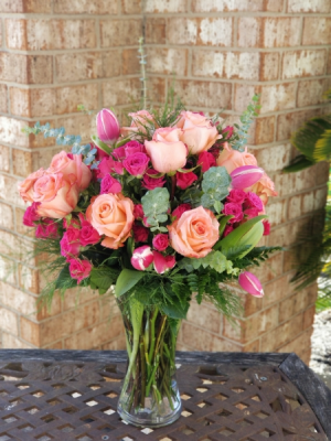 Aurora Borealis with Mixed Roses in College Station, TX | UNIVERSITY FLOWERS & GIFTS