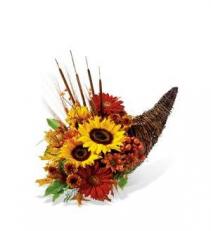 Autumn Splendor wicker cornucopia