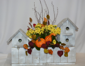 AUTUMN TOWNHOUSE BLOOMING PLANT/BIRD HOUSE