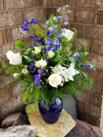Azul Admirations Bouquet