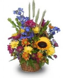 HOMESPUN DELIGHT Flower Basket
