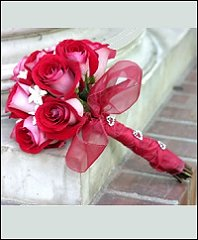 Fire and Ice Roses Bouquet with Embellished Handle