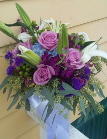 B 2 Fresh Handheld Bouquet