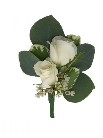 B3-16 Miniature Rose Boutonniere