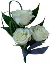 B30-15 Miniature Rose Boutonniere