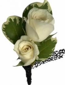 B22-15 Miniature Rose Boutonniere