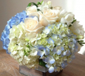 baby blue CENTER PIECE floral arrangement