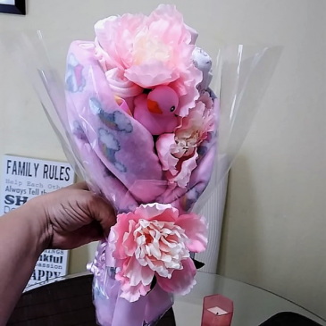Baby Girl Bathtime Wrapped Bouquet Baby Gift
