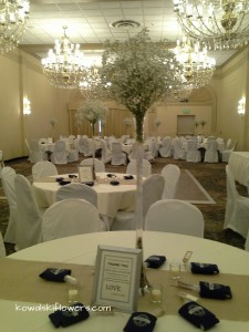 Baby's Breath Reception Centerpieces in Whitesboro, NY | KOWALSKI FLOWERS INC.