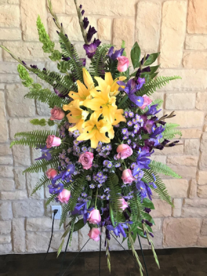 BACK HOME AGAIN CUSTOM ARRANGEMENT in Buda, TX | BUDAFUL FLOWERS