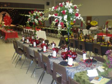 BANQUET TABLE WEDDING