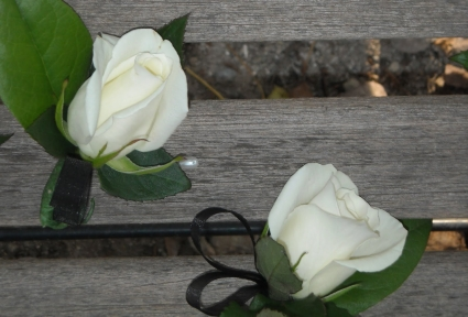 The Basics Boutonniere Select Colors