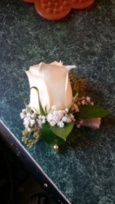 Basic Rose in white Corsage