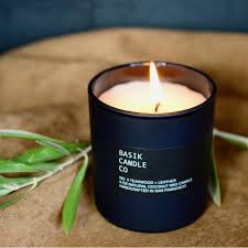 Basik CandleTeakwood & Leather  6oz Coconut wax