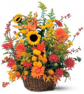 Basket Full of Autumn The Best Seasonal Blooms in Gainesville, FL   PRANGE'S FLORIST