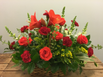 Basket of Blooms Wedding Table Centerpiece