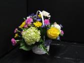 BASKET OF LOVE Fresh spring flowers