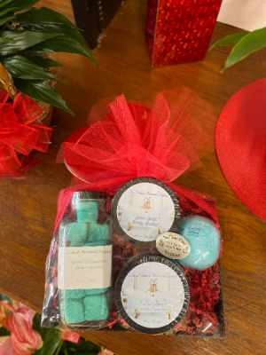 Luxury Bath and Body  Gift Basket in Uvalde, TX | THE FLOWER PATCH