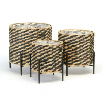 BBB Set of striped baskets with stands