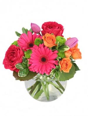 Be Lovable Arrangement in Warrensburg, MO | Awesome Blossoms