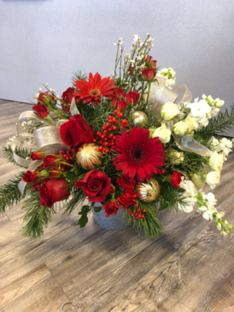 Be Merry and Bright Christmas Arrangement