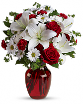 Be My Love Bouquet REd Vase