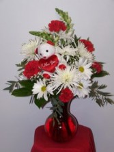 Beary Loveable Vase Arrangment