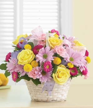 Beautiful Basket Fresh Flower arrangement