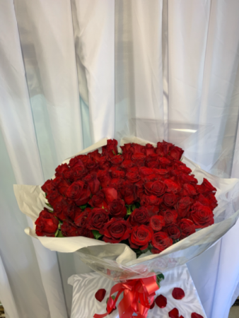 Beautiful Bouquet of Red Roses  Valentines Bouquet