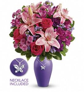 Teleflora's Beautiful Butterfly Bouquet Vased in Auburndale, FL | The House of Flowers