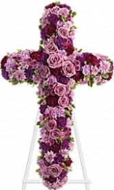 Beautiful Cross Fresh Arrangement