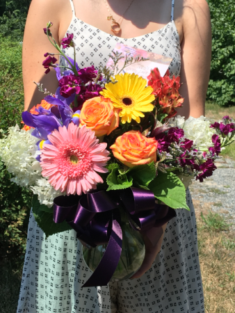 Beautiful Day with Roses Vase Arrangement